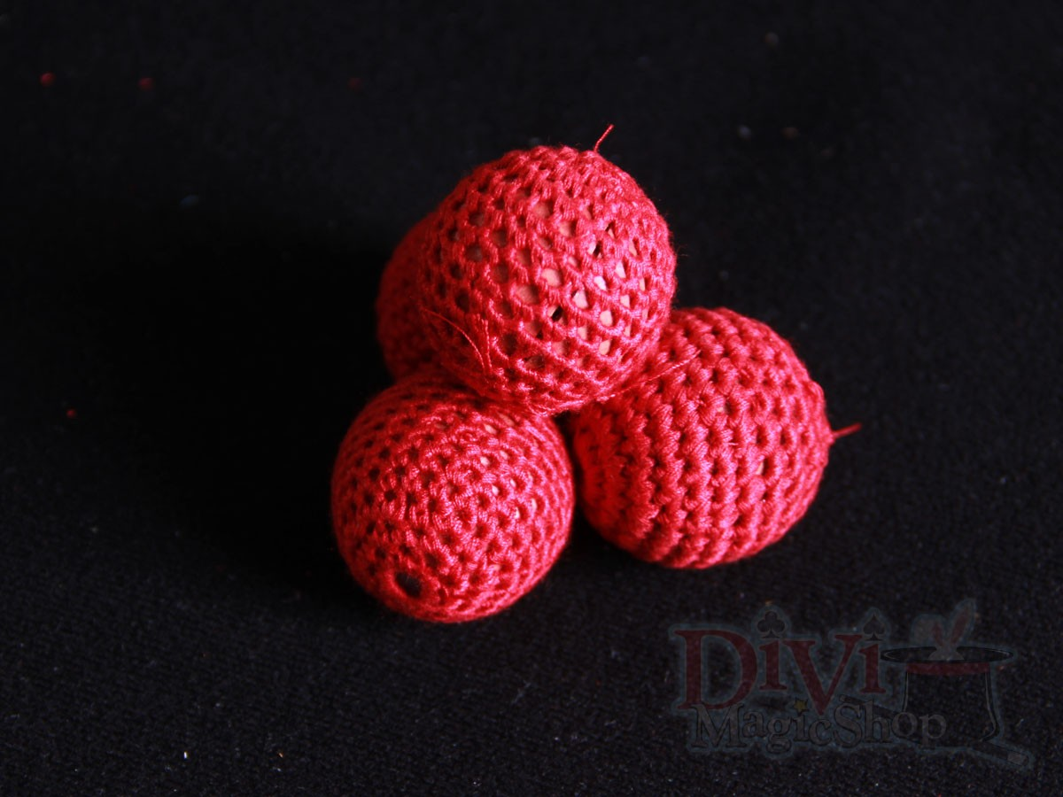 1587118279-h-250-Crochet Ball magnetic.jpg